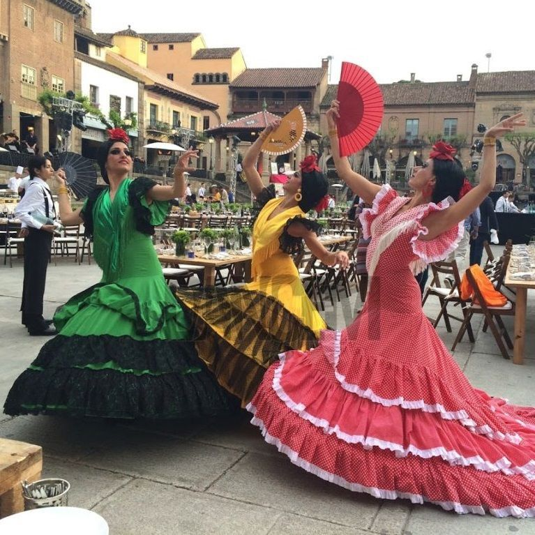 Muñecas souvenir para eventos - Dancem Espectáculos