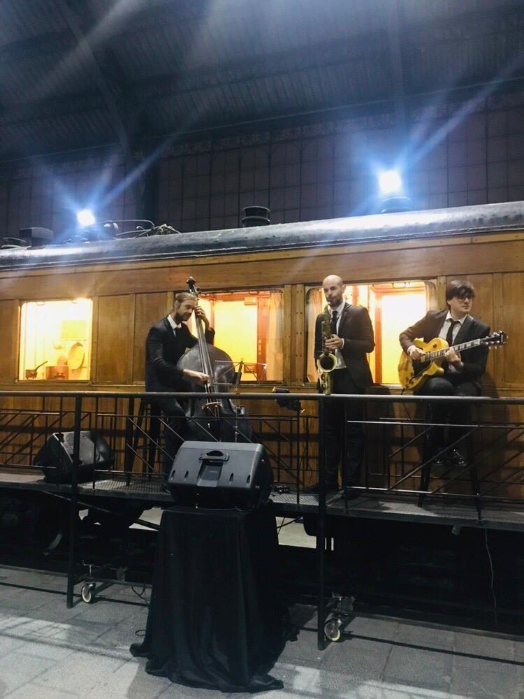 Jazz trio at the Madrid Railway Museum
