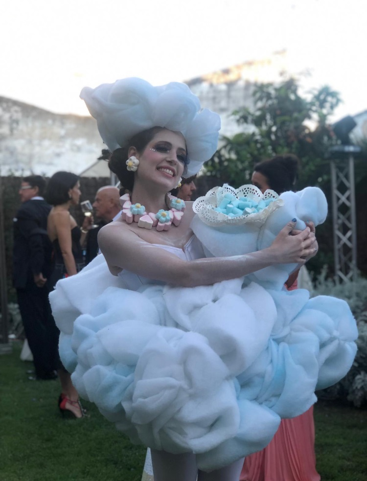 Dancem Espectáculos quiso compartir sus sueños con los invitados a la inauguración del hotel de cinco estrellas en Jerez de la Frontera Casa Palacio María Luisa.