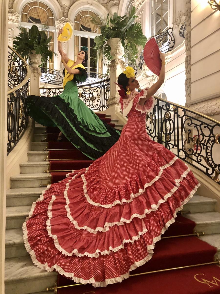 Muñecas souvenir en el Casino de Madrid